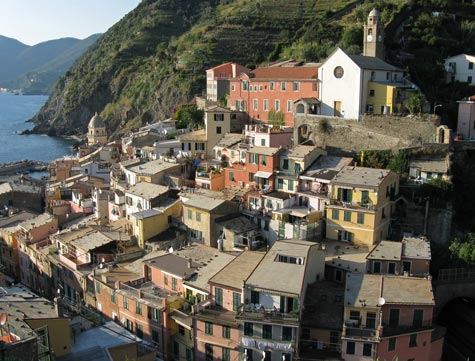 Hotels and Lodgings in Vernazza Italy